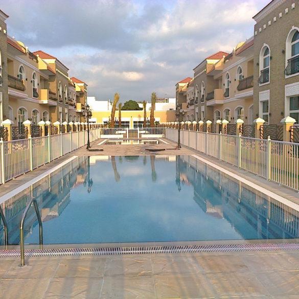 18 Villa Complex